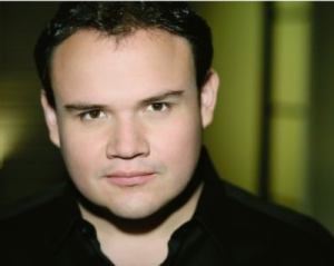 David Lomeli, Tenor